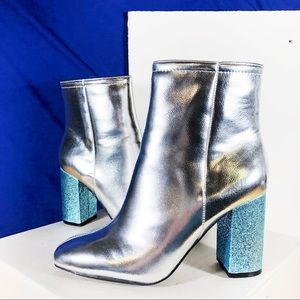 NIB Silver Blue Sparkly Block Heeled Ankle Boots